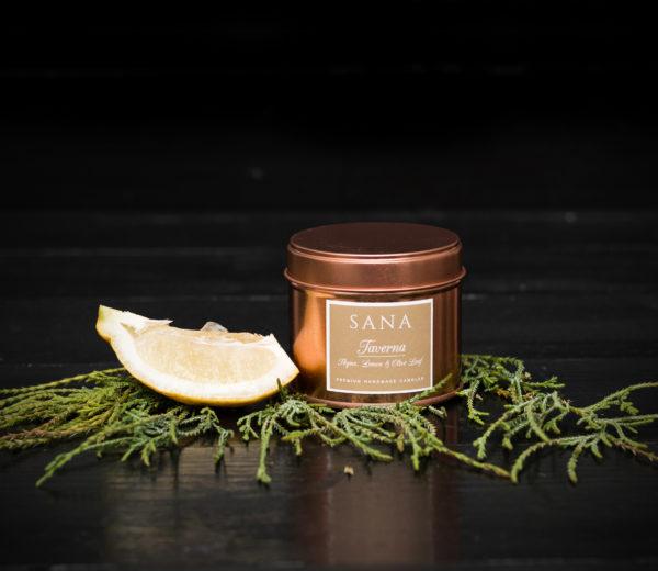 lumanare parfumata premium cu cimbru si bergamota in cutie metalica