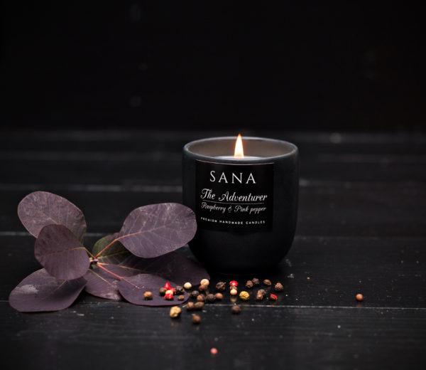 lumanare parfumata premium cu zmeura si piper in ceramica S